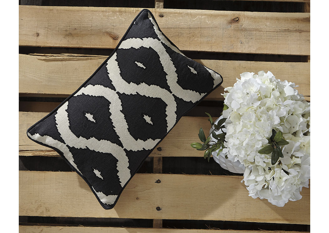 Tildy Black/Natural Pillow (4/CS),In Store Product