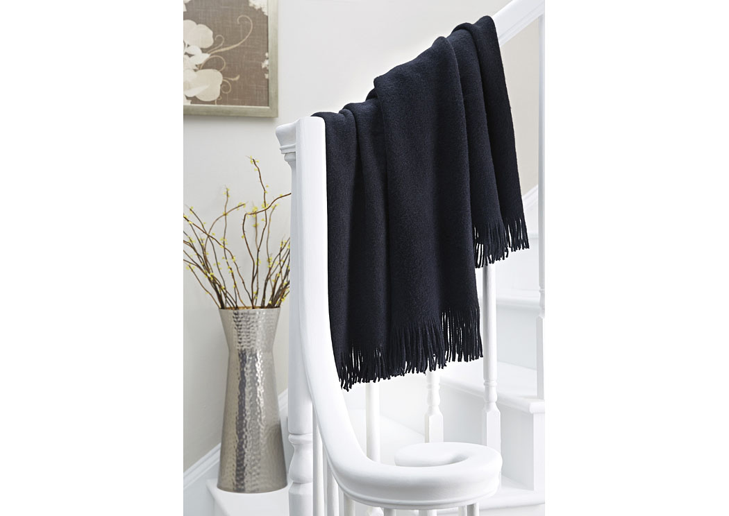 Shiloh Black Throw (3/CS),In Store Product