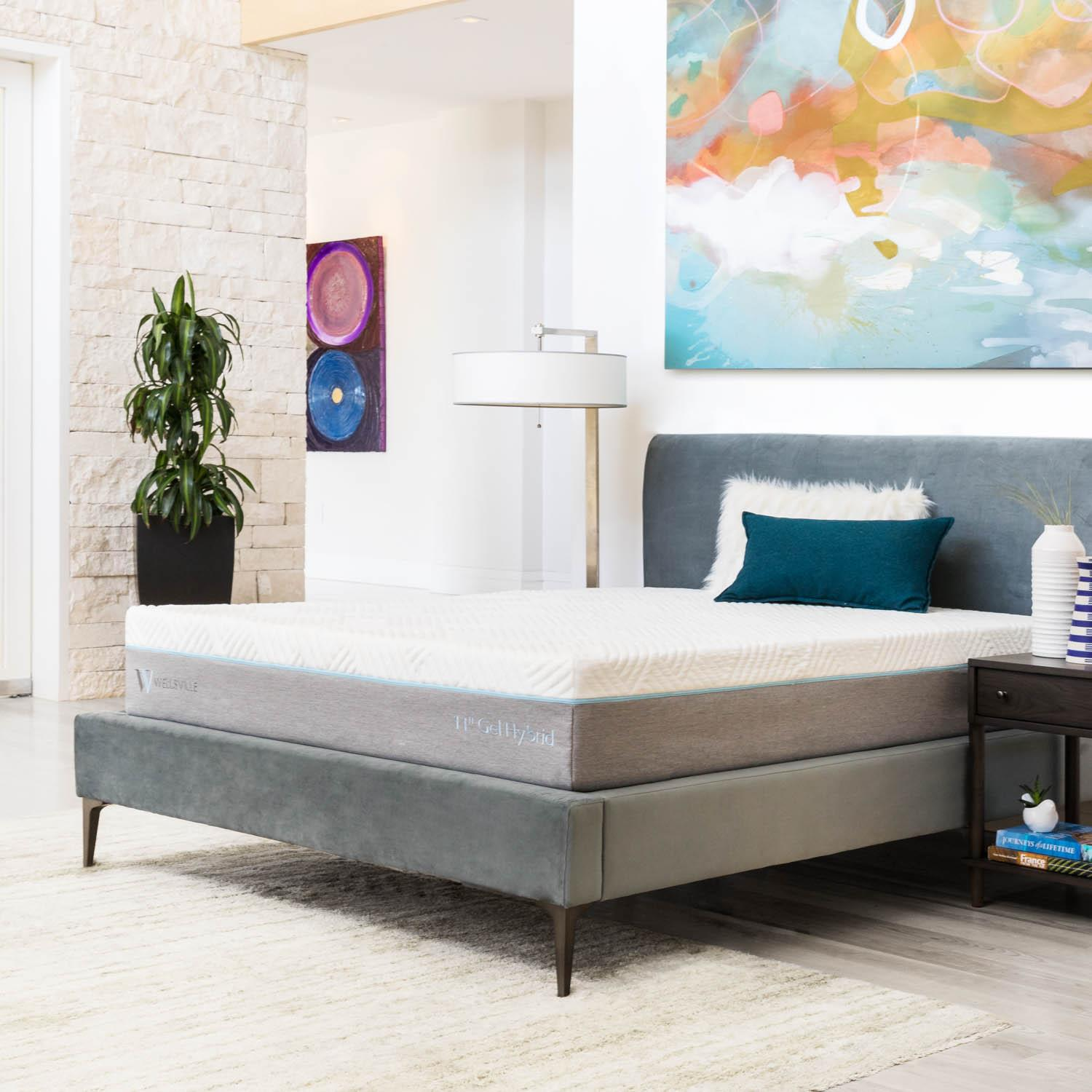 Wellsville 11 Inch Gel Memory Foam Hybrid Mattress King,Bayit Furniture Line