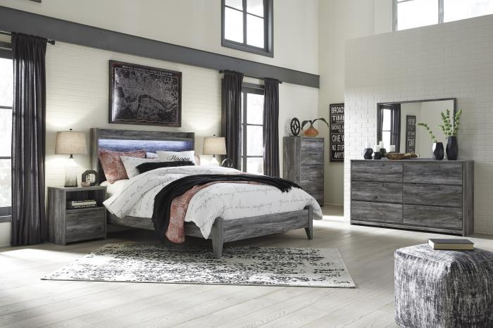 Baystorm Gray Queen Bed w/Dresser and Mirror,In-Store Product