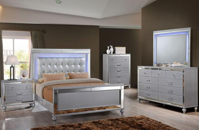 Complete Valentino Queen Bedroom Set,InStore Products