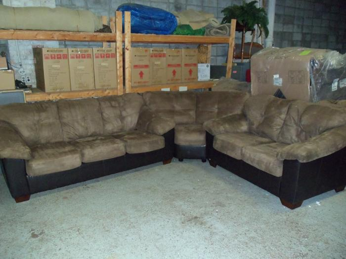 Ashley 3pc Carson Cocoa Sectional 001440 WAS: $1,399.99,Ashley