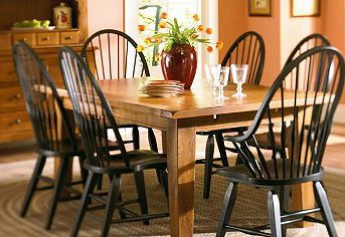 Broyhill Attic Heirlooms Dining Table 6 Chairs Broyhill Attic Heirlooms Dining Table 6 Chairs Sale 1899 00 Dimension 44 00w X 72 00d X 30 00h Table