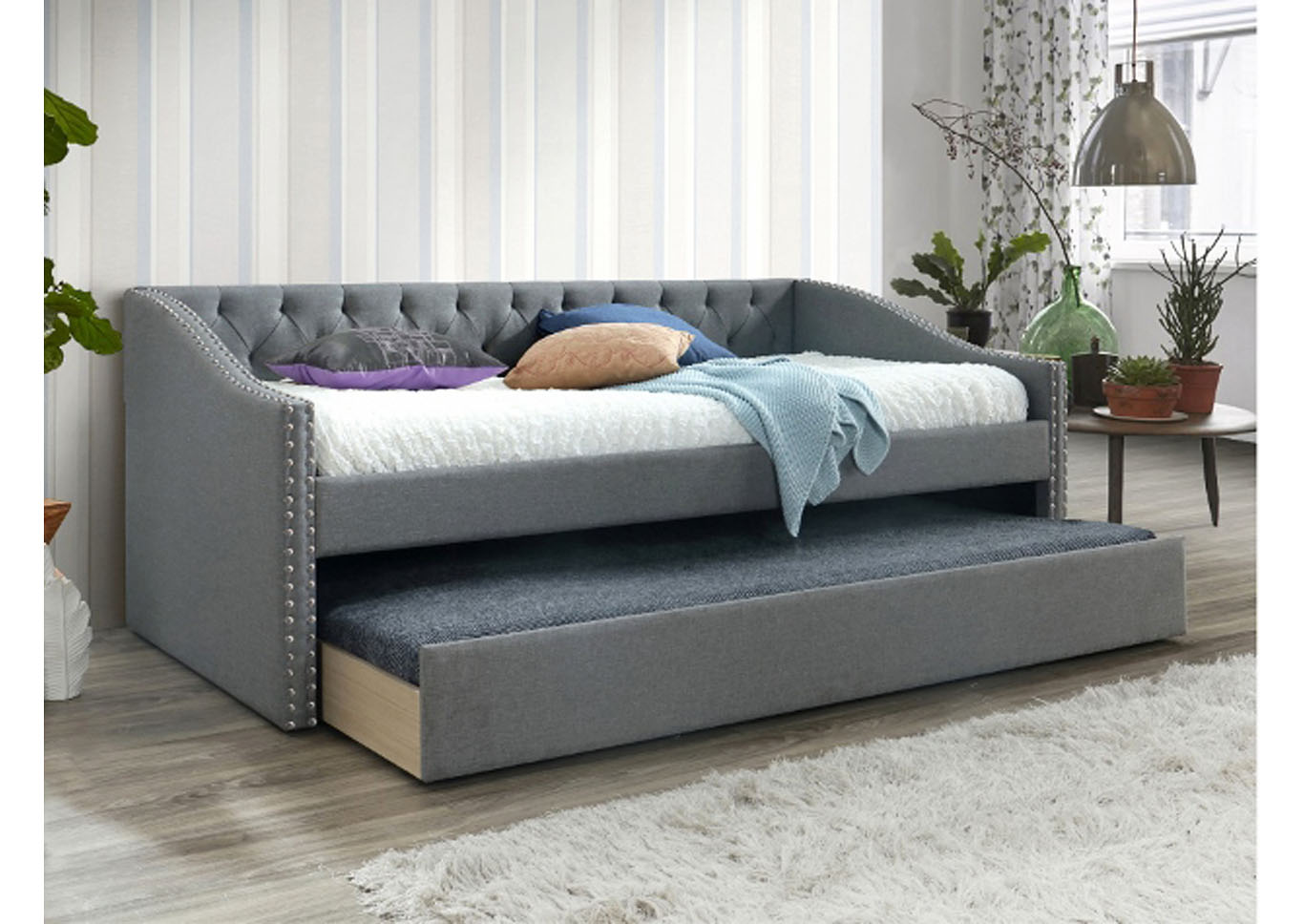 Loretta Daybed with Trundle,Instore