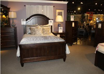 Image for Clearance - Mallory Queen Panel Bed by Standard